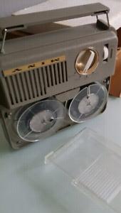 Magnetophone transistor