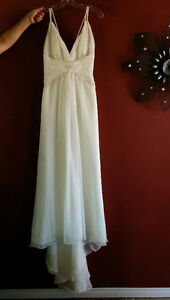 New With Tags! Beautiful Wedding Gown, Must Be Seen