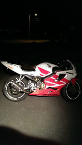 REDUCED 2001 CBR600 F4i Fall sale