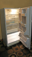 Excellent KENMORE  Refrigerator w/Bottom-Freezer SEE VIDEO