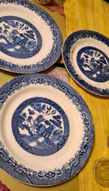 1950s Willow dinner and side plate