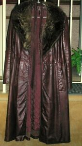 LADY'S LEATHER COAT/FUR COLLAR