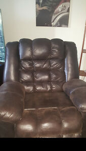 Moving sale!!! Accepting offers!