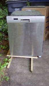 Free Samsung Stainless Dishwasher with fill issue