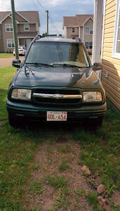 SOLD P.P.U. 2003 Chevrolet Tracker LXT SUV, Crossover