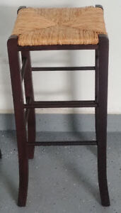 4 Wicker Bar Stools
