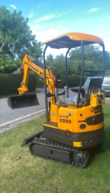 Mini digger/excavator