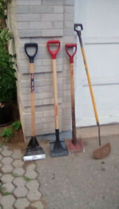 4 Roofing shingle removal tools barely used like new $25 obo