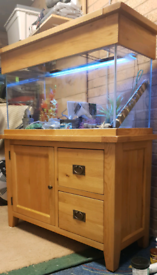 200 litre fish tank in oak cabinet with accessories