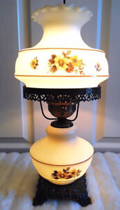 Perfectly Vintage! 3-Way Hurricane Victorian Parlor Table Lamp