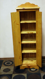 Knotty Pine Jam Storage Cupboard SUPER NICE !!!  SEE VIDEO Kitchener / Waterloo Kitchener Area image 4