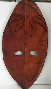NEW PRICE Beautiful Carved African Mask Large solid Wood West Island Greater Montréal image 4
