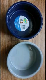 2x small new 12.5cm textured ceramic pet (cat/ dog) feeding bowls