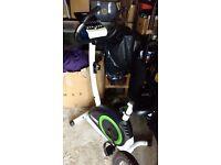 York Fitness Exercise Bike (Magnetic Resistance, Digital Display, Fitness Programs, Adjustable seat)