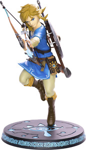 "BNIB Zelda breath of the wild  -  10"" Link statue"