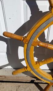 Old wooden boat ship wheel – Vieille roue de bateau / Gouvernail Gatineau Ottawa / Gatineau Area image 3