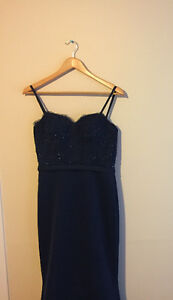 J'adore prom/evening gown - Navy Kingston Kingston Area image 3