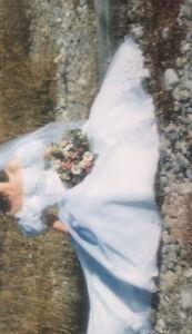 Chiffon off-shoulder Wedding Dress