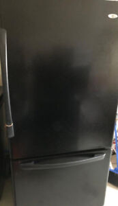 Used Working Condition Black Fridge with Icemaker installed