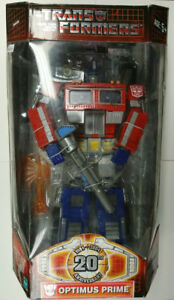 The Transformers 20th Anniversary Optimus Prime by Hasbro