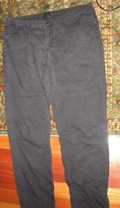 WOMENS BLACK JEANS SIZE 18