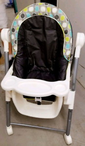 Safety 1st Adjustable Highchair- Aqueous (mint condition)