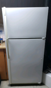 White Kenmore Fridge with Freezer on top