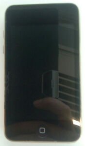 Excellent condition iPod Touch 2nd Generation 8GB