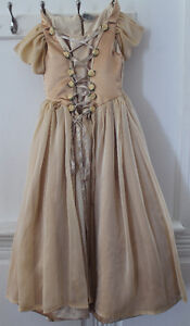 robe de bouquetière NEUVE et unique grandeur small pour fille