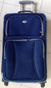 Suitcase - 4 wheeler - TCL Travelers Club brand