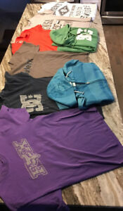 T Shirts and Sweaters - Mens Medium