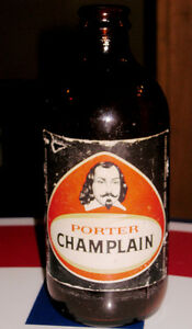 VINTAGE DOW ALE PORTER CHAMPLAIN 4 1/2 In CANADIAN STUBBY Bottle