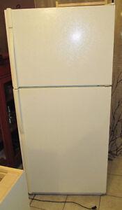 Used Working Kenmore Refrigerator Kingston Kingston Area image 1