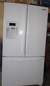Samsung Fridge Double Doors with Water Line and Ice Maker