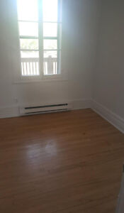 Small Room For Rent - Plateau Mont Royal