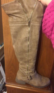 Women's Tan Knee High Boots Can Extend to Wide Legged