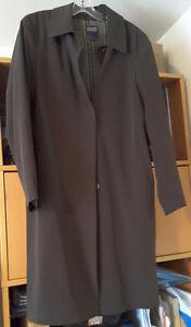 Très beau manteau Hilary Radley avec doublure amovible brun