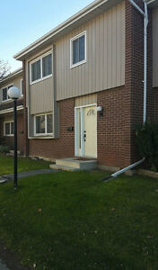 Summer Sublet (May - August / December) Townhouse Sublet %495
