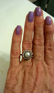 NEW SOLID 925 STERLING SILVER TULIP FRESH WATER PEARL TOPAZ Ring Cambridge Kitchener Area image 2