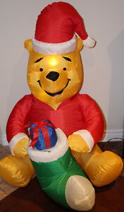 Gemmy Christmas Winnie the Pooh w present Inflatable Airblown
