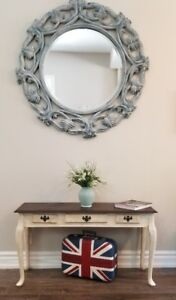Side Table Shabby Chic Style