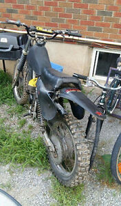 2 stroke suzuki RM125 needs some electrical must go asap (moving