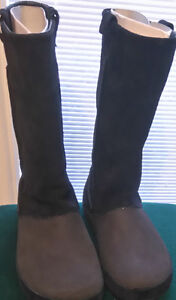 New Black Crocs Winter Boot - Size 8W