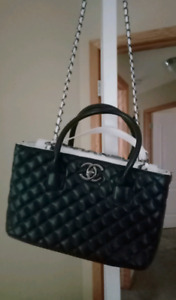 d452c785e590c8 Chanel And Authentic | Kijiji in Calgary. - Buy, Sell & Save with ...