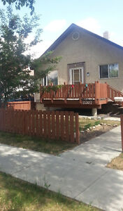 Fort McMurray/ Park your trailer in our backyard for free