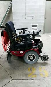 Quantum Jazzy 1650 Bariatric Power Wheelchair
