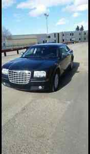 2010 Chrysler 300 Touring, CRAZY LOW KMS!