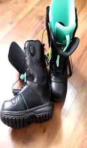 Men's snowboard boots. Size 7.5