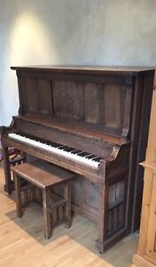 1910 Antique Bell Piano