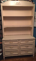 MUST SELL - Contemporary Bedroom Furniture Set